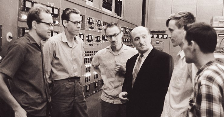 At VEPP-2 control terminal. From left to right: V. Sidorov, I. Protopopov, S. Popov, G. I. Budker, A. Skrinsky, V. Petrov