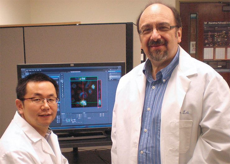 Igor Borisovich Roninson with his colleague, Mengqian Chen, at the University of South Carolina