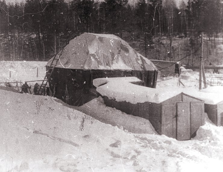 One of the working buildings in Zolotaya Dolina ('Golden Valley')—here researchers were doing world-level science. Winter 1958/1959