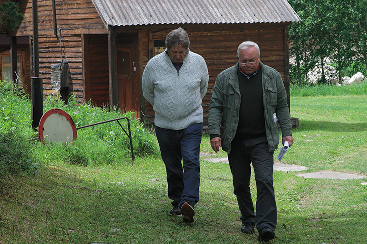 Anatoly Derevyanko, Academician of the Russian Academy of Sciences, Academic Advisor (from 1983 to 2015, Director), Institute of Archaeology and Ethnography SB RAS, and the current director of the institute, Mikhail Shunkov, Corresponding Member, RAS. Denisova Cave research camp. 2018. Photo by S. Zelensky