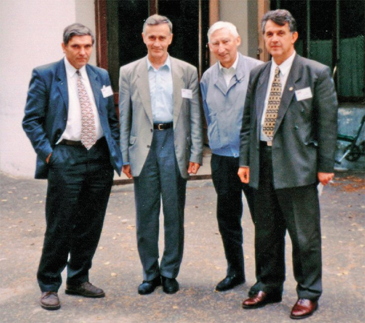 1998. Former pioneers are now top officers: members of the Russian Academy of Sciences V. V. Parkhomchuk, A. N. Skrinsky, I. N. Meshkov, and N. S. Dikanskii are participants of the conference on electron cooling at the Joint Institute for Nuclear Research  (Dubna)