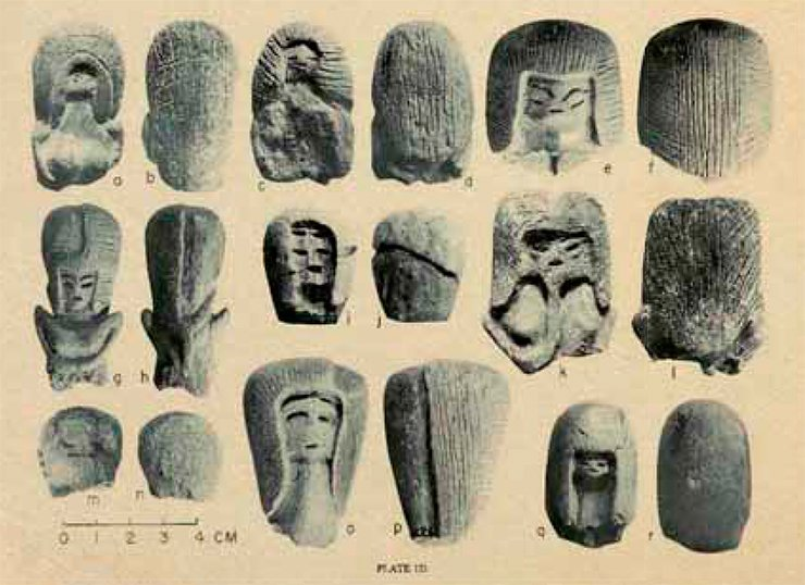 Figurines of Valdivia culture that demonstrate different styles of hairdressing. B.J. Meggers, C. Evans, and E. Estrada, Early Formative Period of Coastal Ecuador: The Valdivia and Machalilla Phases, Washington: Smithsonian Institution, 1965