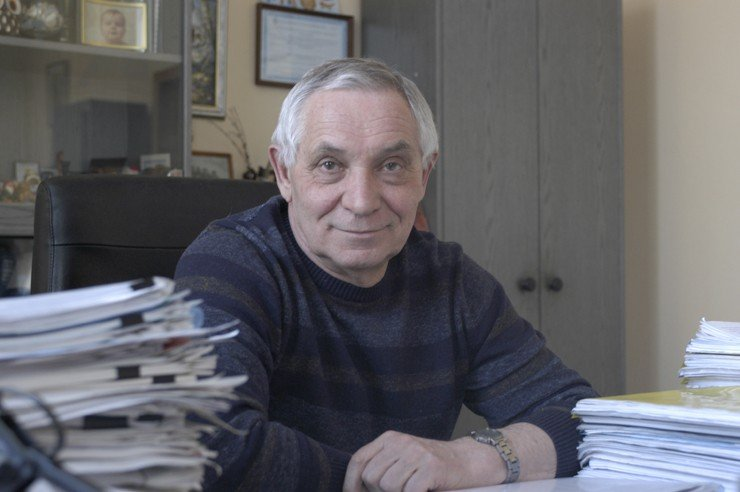 Sergey Vladimirovich Morozov, Candidate of Chemistry, is head of the Ecological Studies and Chromotographic Analysis Laboratory at the Novosibirsk Institute of Organic Chemistry named after N.N. Vorozhtsov, SB RAS