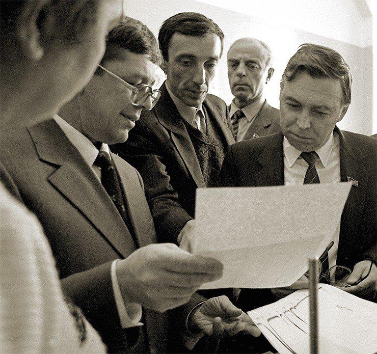 Кто может рассказать о «Милихроме» лучше, чем его создатель? 1988 г. Фото В. Короткоручко