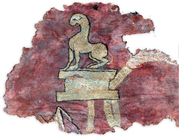 Расшитая шерстяная завеса из 20-го Ноин-Улинского кургана