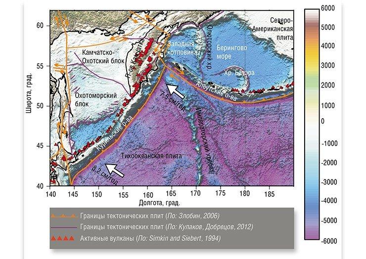 На карте отмечены основные тектонические элементы в Курило-Камчатском и Алеутском регионах, в?первую очередь глубоководные желоба?– места, где Тихоокеанская плита, двигаясь со?скоростью 7,5—8,2?см в?год, начинает свое погружение под Камчатку, Курильские и?Алеутские острова