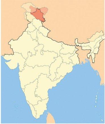 Ладак – высочайшее горное плато Индии – граничит на востоке с Тибетом, на юге – с Лахулом и Спити (штат Химачал Прадеш), на западе – с долинами Кашмира, Джамму и Балтистаном, и на севере, через хребет Куньлунь, – с Восточным Туркестаном. Территория Ладака пересекается двумя параллельными горными хребтами – Ладакским и Занскарским. Между Занскарским и Большим Гималайским горными хребтами расположен Занскар – один из самых труднодоступных и наиболее изолированных гималайских регионов Северной Индии