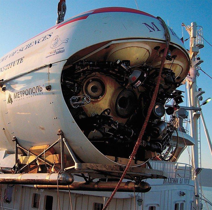 Глубоководный аппарат «Мир» во всей красе.